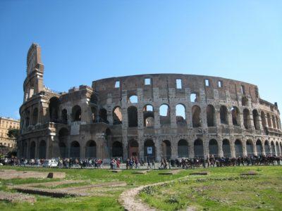 イタリア語で「郷に入っては郷に従え」にはローマが出ない!