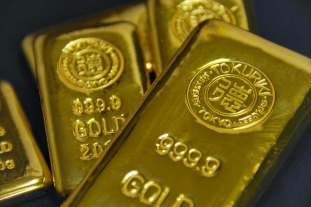 数個の金塊