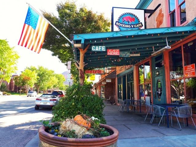 ユタ州の田舎町のカフェ